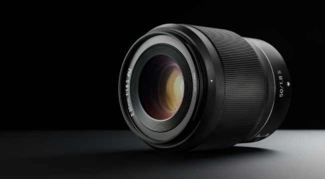 What is a 50mm Lens