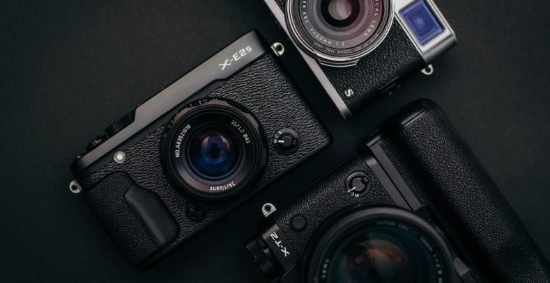 Mirrorless Camera Under $600