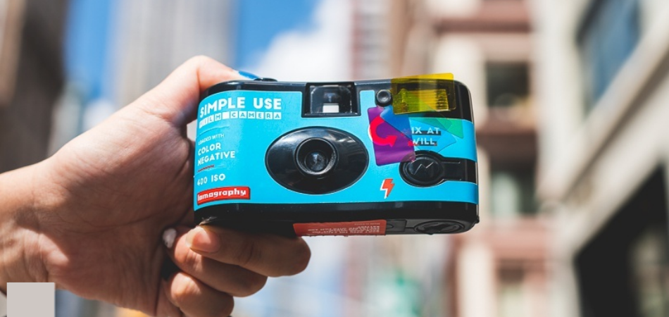 How to Use a Disposable Camera